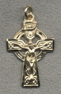"1"" Celtic Crucifix in Solid 14kt Gold, Free Chain, # 5758"